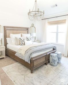 modern farmhouse bedroom design, neutral bedroom design with white walls and whi… – Toptrendpin Modern Farmhouse Bedroom, Modern Bedroom Design, Master Bedroom Design, Modern Room, Contemporary Bedroom, Guest Bedrooms, Bedroom Sets, Bedroom Decor, Guest Room