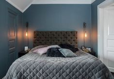 Laila Bagge ger sig in i inredningsbranchen som inredare i programmet Bedroom Inspo, Bedroom Decor, Blue Gray Bedroom, Sophisticated Bedroom, Tumblr Bedroom, Farmhouse Master Bedroom, Luxury Apartments, Interior Design Living Room, Room Inspiration