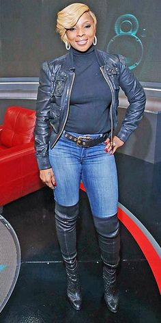 MARY J BLIGE IS ROCKING THIS...AGAIN I HAVE ALL OF THESE PIECES AND I AM GOING TO ROCK THIS LOOK SOMEWHERE...GO MARY!!!!!!!!!!!!