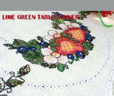 lime green table runner
