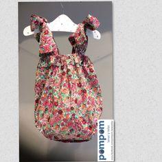 Ramita larga de flores mas telas y modelos en Pompomburgos @gmail.com hecho a mano