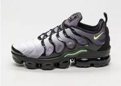 new concept 286ca 8701d Nike Air Vapormax Plus (Black   Volt - White) Neue Wege, Nagellack,