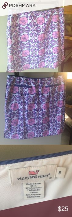 Shell print Vineyard Vines summer skirt. Short Vineyard Vines summer skirt. Cute shell print!!! Not super short, and not knee length. Vineyard Vines Skirts Mini