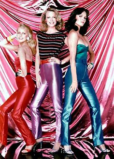 Charlie's Angels: Season 4 - Kris Munroe (Cheryl Ladd), Tiffany Welles (Shelley Hack) and Kelly Garrett (Jaclyn Smith) – Charlie's Angels Jaclyn Smith Charlie's Angels, Jacklyn Smith, Good Morning Angel, Mejores Series Tv, Fashion Angels, Kate Jackson, Cheryl Ladd, Disco Pants, Provocateur