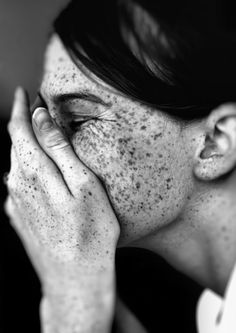 Sproeten People Photography, Portrait Photography, Photography Magazine, Amazing Photography, Beautiful Freckles, Freckle Face, Portraits, Interesting Faces, Black And White Photography