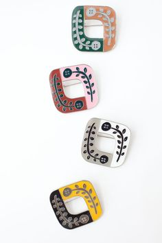 Silver Ring Repair Near Me Ceramic Jewelry, Enamel Jewelry, Jewelry Art, Beaded Jewelry, Jewelry Accessories, Fashion Accessories, Jewelry Design, Silver Jewelry, Contemporary Jewellery