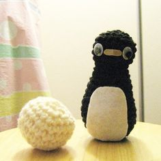 NOTE: This is the PATTERN for the penguin and the snowball  Crochet penguin and snowball is done with the basis crochet techniques of chaining, single crochet and slip stitch. Penguin is 5 inches tall and the snowball is 2.5 inches wide. Youll be able to download the PDF file as soon as you have completed your purchase. If you run into any problems while downloading the pattern, please refer to the link below.  https://www.etsy.com/help/article/3949  NOTE: This pattern is for personal use…
