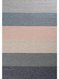 Teppich Boa Multicolor on a white floor