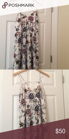 Size 4 floral maxi dress from the loft Floor length maxi dress with spaghetti straps. Silk like material LOFT Dresses Maxi