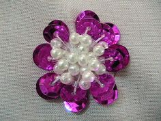 Embroidery DIY, tutorial, handmade crafts and such: How to Sew Sequin Flower