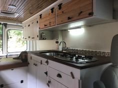 New ideas kitchen paint colors rustic cabinets Transitional Living Rooms, Transitional Kitchen, Transitional Decor, Modern Living, Kitchen Nook, Kitchen Decor, Kitchen Ideas, Kitchen Design, Interior Staircase