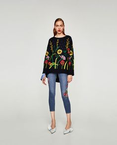 ZARA - WOMAN - DISTRESSED SKINNY JEANS WITH EMBROIDERY