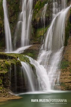Cascada de Peñaladros, Cozuela, Valle de Mena, Burgos Beautiful Places To Visit, Beautiful World, Beautiful Waterfalls, Nature Pictures, Water Features, Geo, Natural Beauty, Landscapes, Spain