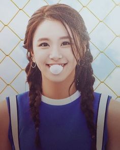 Chaeyoung ♥ Yessss her hair I miss