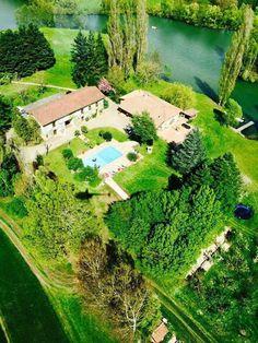 Chambres et table d'hôtes entre Bourg en Bresse et Mâcon, près de Lyon et Genève | Domaine de Charlyne