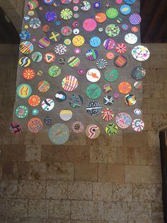 Pinta y Punto. FÁCYL 2018 patio Casa de las Conchas Patio, Frame, Decor, Home, Shells, Dots, Artists, Blue Prints, Picture Frame