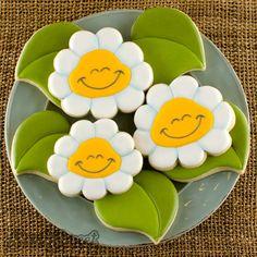 sorrindo biscoitos margarida por Semi Sweet Designs