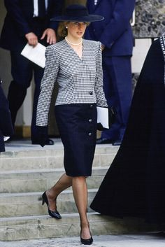 looks memorables de diana spencer lady di aniversario cumpleanos