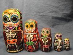 DIA DE LOS MUERTOS/DAY OF THE DEAD~Sugar Skull Nesting Dolls