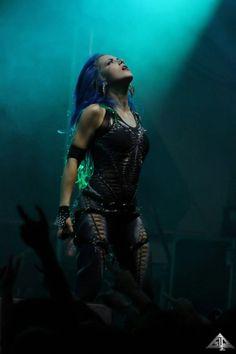 Heavy Metal Girl, Heavy Metal Bands, The Agonist, Ladies Of Metal, Rock Y Metal, Alissa White, Women Of Rock, Arch Enemy, Guitar Girl
