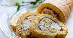 Iso kääretorttu riittää noin viidelletoista. Se on nopea, alle puolen tunnin herkku vaikka yllätysvieraille. Tässä ohjeessa kääretorttu täytetään mansikkahillolla ja kermavaahdolla, jolloin saadaan mehevä ja maistuva täyte. Iso, Bread, Brot, Baking, Breads, Buns