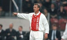 Ajax rinde emotivo homenaje a Johan Cruyff | El Puntero