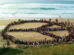 Het vredesteken gemaakt met mensen, 1 van mijn favorieten