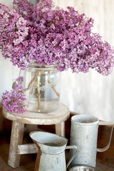 Lilac Flowers, Colorful Flowers, Color Themes, Glass Vase, Beautiful, Simple, Inspiration, Cottage, Home Decor