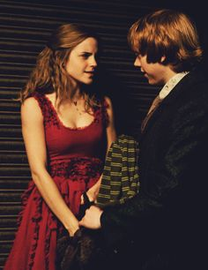 Hermione and Ron  l  Harry Potter