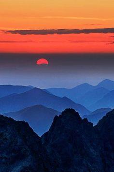 Sunset in Rysy - Slovakia nature  photo by Peter Kováč