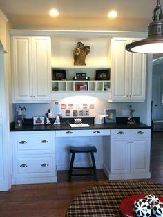 Kitchen Photos Kitchen Desk Design Ideas, Pictures, Remodel, and Decor Kitchen Desk Areas, Kitchen Desks, Kitchen Office, New Kitchen, Office Nook, Square Kitchen, Closet Office, Built In Desk, Hidden Desk