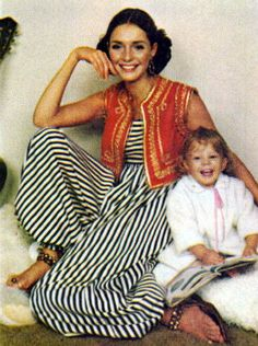 Jennifer O'Neill, Ladies Home Journal January 1969 1960s Fashion Women, 60s And 70s Fashion, Seventies Fashion, Mod Fashion, Fashion Photo, Fashion Beauty, Vintage Fashion, Fashion 2016, Retro Outfits