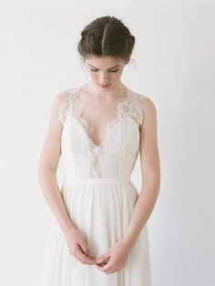 Truvelle | Image 7 | Truvelle | Pearl & Dot Designers | Calgary Bridal…