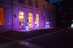 A l'occasion de Vinexpo, une grande marque de champagne a organisé pour ses distributeurs internationaux une somptueuse soirée au Château Lagrange dans le Médoc.  Novell'art a mis en art cette soirée avec la création d'un spectacle sur mesure et des animations inédites durant la réception.