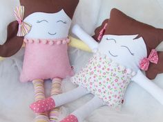 Amazing Home Sewing Crafts Ideas. Incredible Home Sewing Crafts Ideas. Cute Pillows, Kids Pillows, Sewing Crafts, Sewing Projects, Pillow Pals, Sewing Stuffed Animals, Fabric Toys, Sewing Dolls, Animal Crafts
