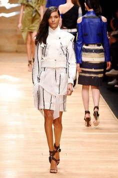 Guy Laroche spring/summer 2016 collection show pictures | Harper's Bazaar #fashion #fashionista #style #instyle