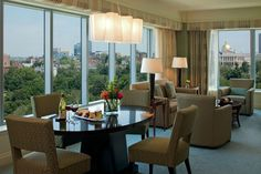 The Park View Suites of The Ritz-Carlton, Boston Common feature a panorama of the cities lush gardens and historic architecture.