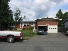 The house where I lived (in the basement) Posted by nyssa75 on 2007-05-25 02:40:26 Tagged: , Home 6 Bedroom House Plans, Deal Of Day, Garage Shed, Kids Bath, Entrance, Basement, Outdoor Decor, Home Decor, Entryway