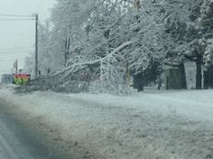 2013 December. Toronto ice storm worst in  50 years heat and power was down