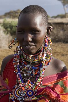 All over the world, Kenya continues to be renown for their hospitality, and the local people are extremely helpful and courteous and gladly welcome foreigners who come to visit their country. Kenya is by far the most visited destination along Eastern Africa, and remains a magnet for visitors because of the exquisite quality of its wildlife and beaches.