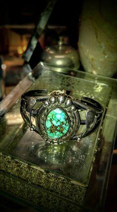 Vintage Silver Turquoise Bracelet at JunkerVals