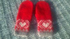 Bundingen: 2016 Blogging, Socks, Fashion, Fingerless Gloves, Cold, Stockings, Moda, Fashion Styles, Blog