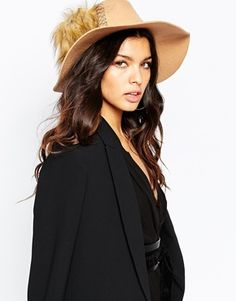 Cappello donna modello Borsalino con pelliccia sintetica