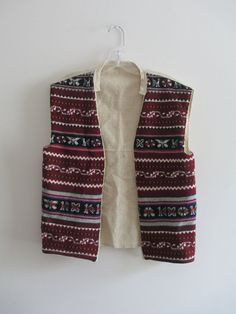 Check out this item in my Etsy shop https://www.etsy.com/listing/239584460/vintage-fair-isle-burgundy-cream-fair