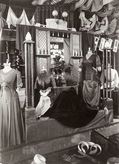 """Old Pics Archive on Twitter: """"1909. Stunning Edwardian dresses, inside view of a shop.Vintage Department Stores https://t.co/yHwgolDtgc https://t.co/8s9HQTX7SF"""""""