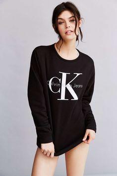 Calvin Klein Sweatshirt - Urban Outfitters