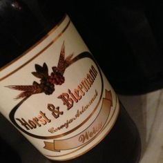 Cerveja Horst & Biermann Weiss, estilo German Weizen, produzida por Cervejaria Horst & Biermann, Brasil. 6% ABV de álcool.