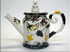 Sweeeet calico tea pot from coffeecats.com