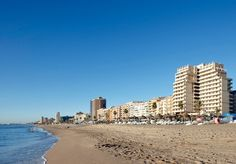 Estás a un click de estar en primera línea de playa con todo incluido, ¿lo sabías? www.ilunionfuengirola.com #fuengirola