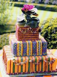 Free Wedding Planning for ethnic brides. Finally an online wedding community where we can share our ideas, our diverse cultures and new wedding traditions. The net's african american wedding planning site with a Printable Wedding Planning Checklist. African Wedding Cakes, African Wedding Theme, African Theme, African Traditional Wedding, Traditional Wedding Cakes, Traditional Cakes, Wedding Cake Designs, Wedding Cake Toppers, Wedding Gallery